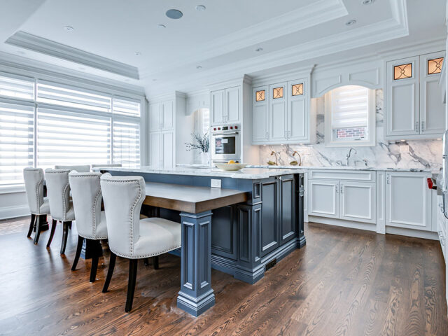modern kitchen with crown moulding and marble backsplash wall - Custom homes toronto