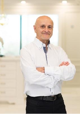 Tom Nicholson - Senior Project-manager