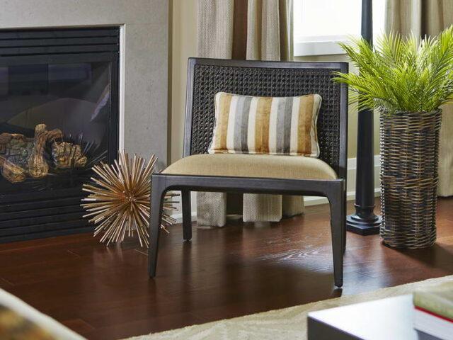 Amazing Fireplace in Custom Living Room - Custom Homes Toronto