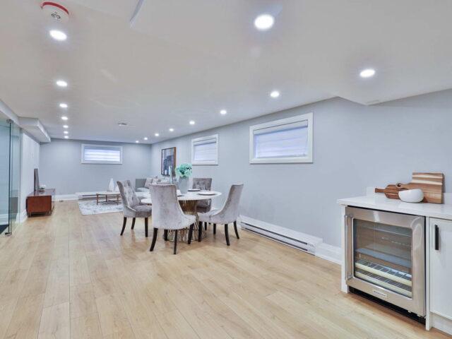 luxury basement with build in mini fridge - custom home builders toronto